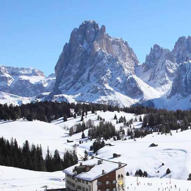 italian dolomites ski